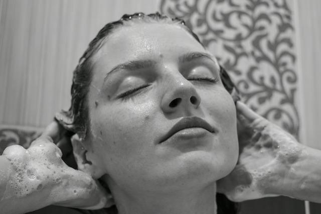 Óleos Essenciais no Shampoo